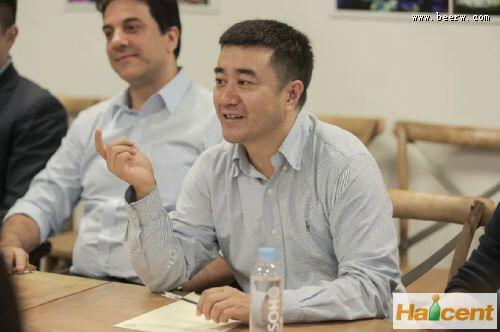 百威英博中国区总裁福瑞德参观合纵文化集团